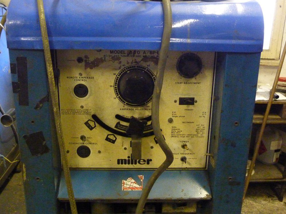 Miller welder 330 a/bp manually connect