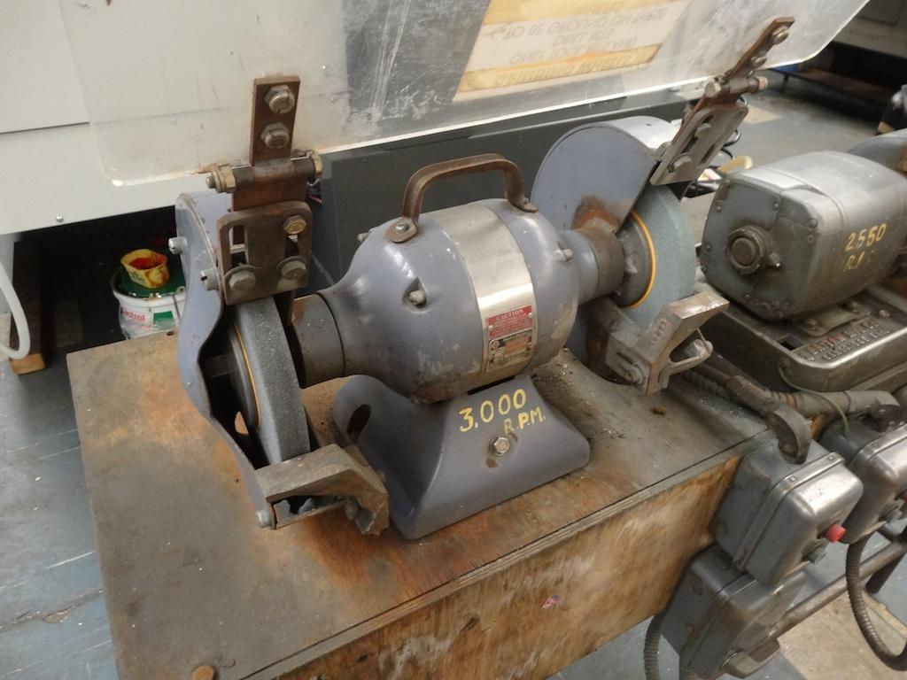 Black Amp Decker And Britan Bench Grinders 1st Machinery