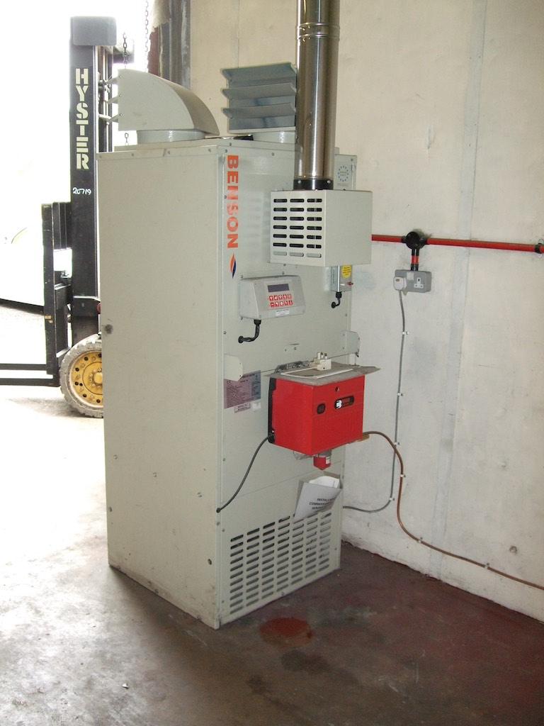 Benson Vno 100 Floor Standing Oil Fired Heater And Oil