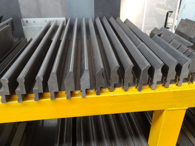 Various Pressbrake Tooling For Amada Others 1st Machinery