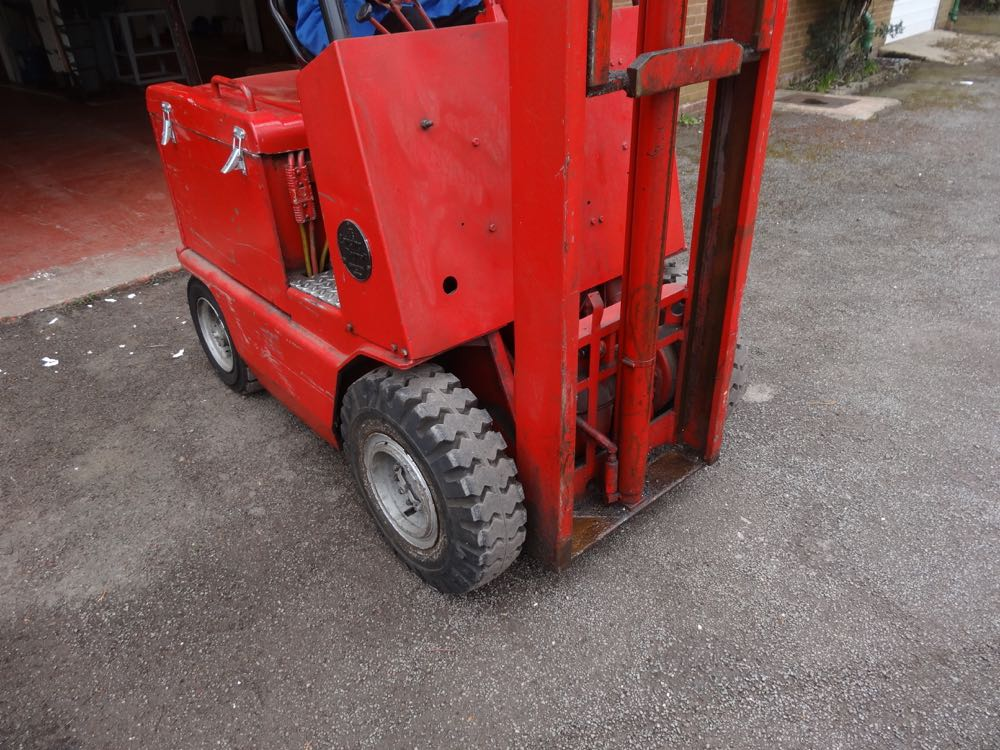 Lot 36 02 lansing bagnall electric forklift 1st machinery lansing bagnall forklift wiring diagram at honlapkeszites.co