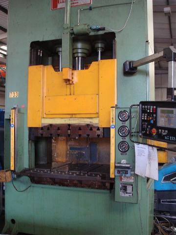 Stenhoj 100 ton double sided Hydraulic Press - 1st Machinery